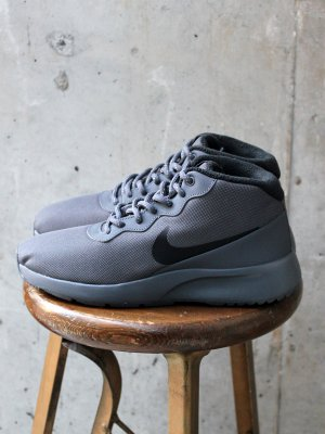 <img class='new_mark_img1' src='//img.shop-pro.jp/img/new/icons20.gif' style='border:none;display:inline;margin:0px;padding:0px;width:auto;' />【20%OFF】 NIKE  タンジュン チャッカ