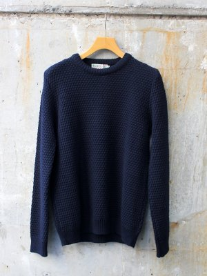 <img class='new_mark_img1' src='//img.shop-pro.jp/img/new/icons20.gif' style='border:none;display:inline;margin:0px;padding:0px;width:auto;' />【30%OFF】【KILKEEL】  MERINO WOOL CREW NECK MOSS STITCH JUMPER