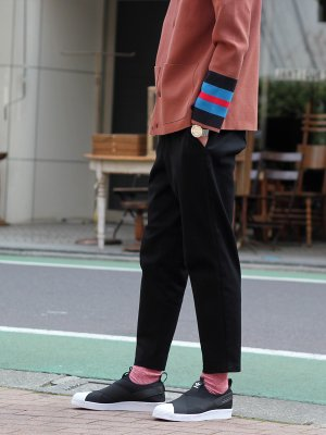 <img class='new_mark_img1' src='//img.shop-pro.jp/img/new/icons15.gif' style='border:none;display:inline;margin:0px;padding:0px;width:auto;' />【WRAPINKNOT】 COTTON TAPERD PANTS