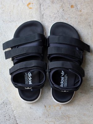 <img class='new_mark_img1' src='//img.shop-pro.jp/img/new/icons15.gif' style='border:none;display:inline;margin:0px;padding:0px;width:auto;' />【ADIDAS】  ADILETTE SANDAL W