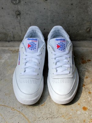 <img class='new_mark_img1' src='//img.shop-pro.jp/img/new/icons15.gif' style='border:none;display:inline;margin:0px;padding:0px;width:auto;' /> 【Reebok】   CLUB C 85 SO  -2色展開-