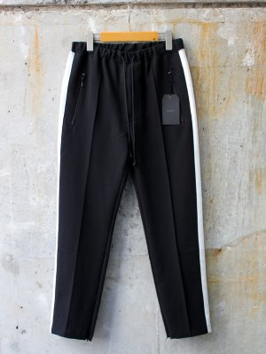 <img class='new_mark_img1' src='//img.shop-pro.jp/img/new/icons20.gif' style='border:none;display:inline;margin:0px;padding:0px;width:auto;' />30%OFF【bukht】 TRACK PANTS -2色展開-