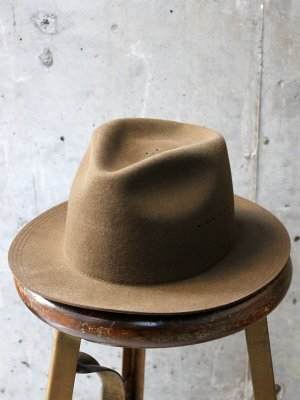 <img class='new_mark_img1' src='//img.shop-pro.jp/img/new/icons15.gif' style='border:none;display:inline;margin:0px;padding:0px;width:auto;' />【Racal】  Wool Antelope HAT -2色展開-
