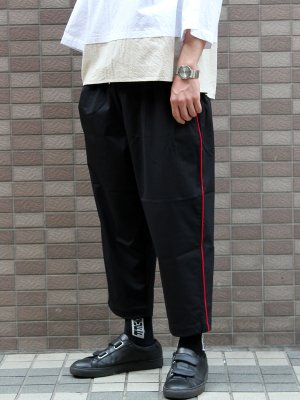 <img class='new_mark_img1' src='//img.shop-pro.jp/img/new/icons15.gif' style='border:none;display:inline;margin:0px;padding:0px;width:auto;' />【Manual Alphabet】 GYM PANTS LINE  -2色展開-