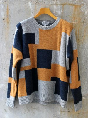 <img class='new_mark_img1' src='//img.shop-pro.jp/img/new/icons15.gif' style='border:none;display:inline;margin:0px;padding:0px;width:auto;' />【Manual Alphabet】 PANEL COMBINATION SWEATER  -2色展開-