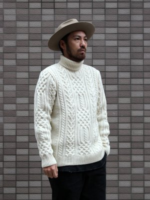 【KILKEEL】  POLO NECK JUMPER (100% MERINO)