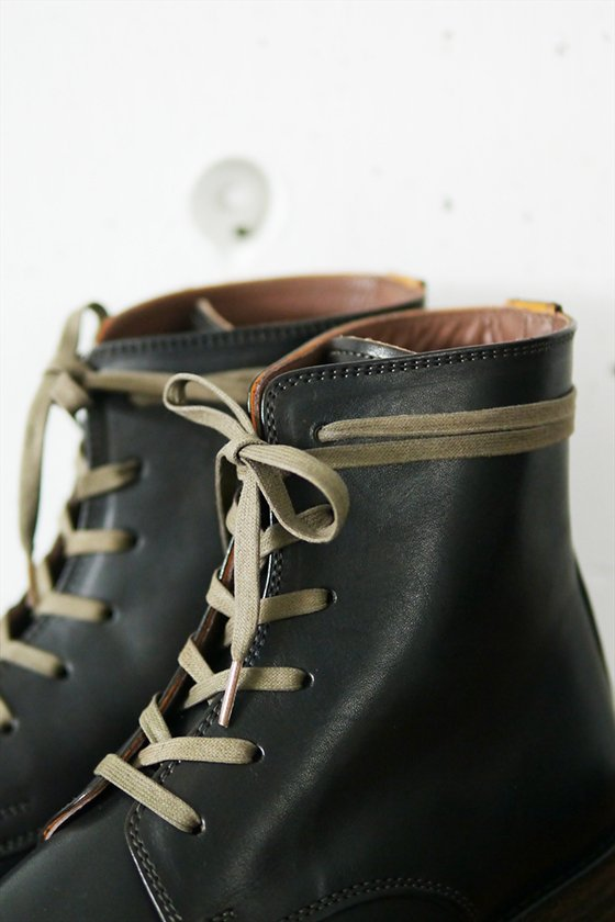 MOTO Plane Toe Lace-Up Boots (ladies)