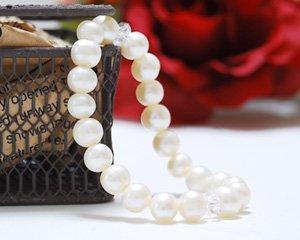 パール 天然石パワーストーンブレスレット ~優雅な気品が漂う女性の象徴