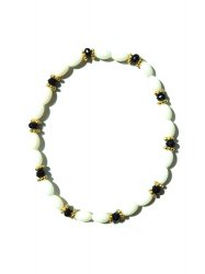SHELL ONYX ANKLET