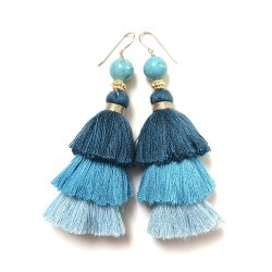 BLUE GRADATION TASSEL PIERCE EARRING