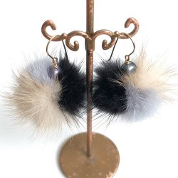 【SALE】Minkfur Pearl Pierce Earring(Black/Gray/Beige)