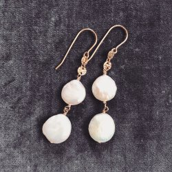 Pearl Coin Pierce Earring