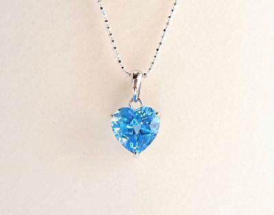 【プレゼントにオススメ】 宝石質 ブルートパーズ ハートカットペンダントトップ(2)