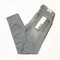 haikure 【アイキュー】 『VICTORIA』 Skinny Crop Comfort KATE (Grey Denim 6YUSED)