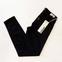 haikure 【アイキュー】 『VICTORIA』 Skinny Crop Comfort KELLY (Black Denim Stone Wash)