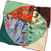 nice things (Paloma S) 【ナイス・シングス】『Fishes Scarf』 パネルカラー・フィッシュモチーフ・スカーフ (Lavender)