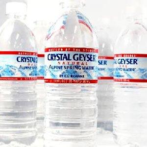 クリスタルガイザー500ml×24本  天然水[水・ミネラルウォーター][48本毎に別途送料がかかります]