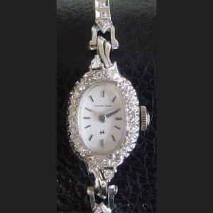 ハミルトン ダイヤブレス オーバルケース レディースアンティーク腕時計
