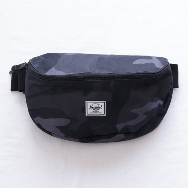 Sixteen Hip Pack - Night Camo