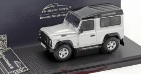 Land Rover Defender 90 Silver 2014 ALMOST REAL 1:43 ALM410207