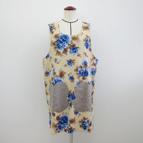 膝下丈 ベージュ地青花柄×グレーお花型ポケット サイドボタンかぶるタイプ 0-1-6