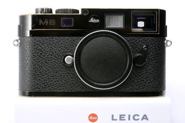 LEICA ライカ M8.2 デジタル ブラックペイント バッテリーx2、チャージャー(+ケーブル類)