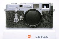 <img class='new_mark_img1' src='https://img.shop-pro.jp/img/new/icons15.gif' style='border:none;display:inline;margin:0px;padding:0px;width:auto;' />LEICA ライカ M3 DS ダブルストローク 最初期型 77万番台 1955年製(中村光学OH済)