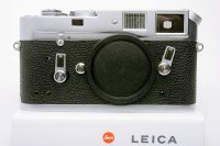 <img class='new_mark_img1' src='https://img.shop-pro.jp/img/new/icons15.gif' style='border:none;display:inline;margin:0px;padding:0px;width:auto;' />LEICA ライカ M4 中期 121万台 1968年 ドイツ製