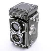 <img class='new_mark_img1' src='https://img.shop-pro.jp/img/new/icons15.gif' style='border:none;display:inline;margin:0px;padding:0px;width:auto;' />ROLLEIFLEX ローライフレックス AUTOMAT オートマット Type4 � Xenar クセナー 75mm F3.5(整備済み)