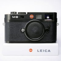 <img class='new_mark_img1' src='https://img.shop-pro.jp/img/new/icons15.gif' style='border:none;display:inline;margin:0px;padding:0px;width:auto;' />LEICA ライカ M8 デジタル ブラックボディ 元箱、付属品一式