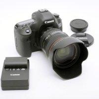 <img class='new_mark_img1' src='https://img.shop-pro.jp/img/new/icons15.gif' style='border:none;display:inline;margin:0px;padding:0px;width:auto;' />Canon デジタル一眼レフカメラ EOS 5D Mark III ボディ EOS5DMK3 + EF 24-105/4L IS USM