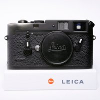 <img class='new_mark_img1' src='https://img.shop-pro.jp/img/new/icons15.gif' style='border:none;display:inline;margin:0px;padding:0px;width:auto;' />LEICA ライカ M4 ブラッククローム 141万台 1975年 ドイツ製