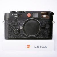 <img class='new_mark_img1' src='https://img.shop-pro.jp/img/new/icons15.gif' style='border:none;display:inline;margin:0px;padding:0px;width:auto;' />LEICA ライカ M6 TTL 0.72 JAPAN Limited (刻印 ブラック)