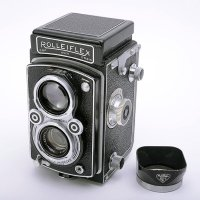 <img class='new_mark_img1' src='https://img.shop-pro.jp/img/new/icons15.gif' style='border:none;display:inline;margin:0px;padding:0px;width:auto;' />ROLLEIFLEX ローライフレックス AUTOMAT オートマット Type3 Tessar テッサー 75mmF3.5 + 純正フード