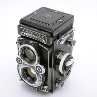 <img class='new_mark_img1' src='https://img.shop-pro.jp/img/new/icons15.gif' style='border:none;display:inline;margin:0px;padding:0px;width:auto;' />ROLLEIFLEX ローライフレックス 3.5F Xenotar クセノタール 75mmF3.5