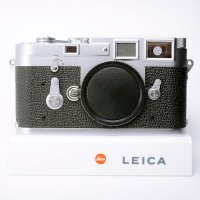 <img class='new_mark_img1' src='https://img.shop-pro.jp/img/new/icons42.gif' style='border:none;display:inline;margin:0px;padding:0px;width:auto;' />LEICA ライカ M3 DS ダブルストローク 中初期型 83万番台 1955年製