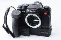 <img class='new_mark_img1' src='https://img.shop-pro.jp/img/new/icons15.gif' style='border:none;display:inline;margin:0px;padding:0px;width:auto;' />Leica ライカの人気一眼 R7 モーターワインダーグリップ+アングルファインダー付