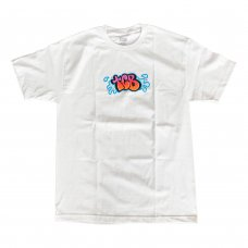 <img class='new_mark_img1' src='https://img.shop-pro.jp/img/new/icons47.gif' style='border:none;display:inline;margin:0px;padding:0px;width:auto;' />BUBBLE LETTER TEE - WHITE