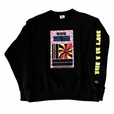 <img class='new_mark_img1' src='//img.shop-pro.jp/img/new/icons5.gif' style='border:none;display:inline;margin:0px;padding:0px;width:auto;' />TAPEMIND CREWNECK SWEATSHIRT