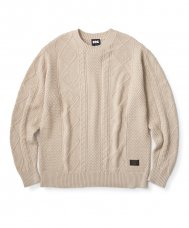 <img class='new_mark_img1' src='//img.shop-pro.jp/img/new/icons5.gif' style='border:none;display:inline;margin:0px;padding:0px;width:auto;' />CABLE KNIT SWEATER - CREAM