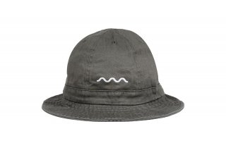 <img class='new_mark_img1' src='//img.shop-pro.jp/img/new/icons5.gif' style='border:none;display:inline;margin:0px;padding:0px;width:auto;' />CHILL WAVE BELL HAT - MILITARY