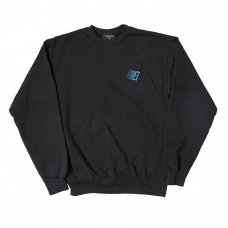 <img class='new_mark_img1' src='https://img.shop-pro.jp/img/new/icons5.gif' style='border:none;display:inline;margin:0px;padding:0px;width:auto;' />EMBROIDERED B LOGO CREWNECK - OFF BLACK