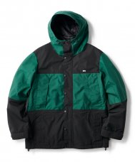 <img class='new_mark_img1' src='https://img.shop-pro.jp/img/new/icons20.gif' style='border:none;display:inline;margin:0px;padding:0px;width:auto;' />WATERPROOF 3L MOUNTAIN JACKET - GREEN