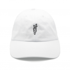 <img class='new_mark_img1' src='https://img.shop-pro.jp/img/new/icons5.gif' style='border:none;display:inline;margin:0px;padding:0px;width:auto;' />SIGNATURE CARROT DAD HAT - WHITE