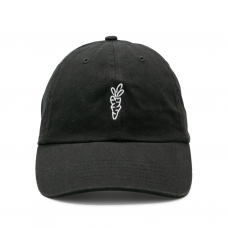 <img class='new_mark_img1' src='https://img.shop-pro.jp/img/new/icons5.gif' style='border:none;display:inline;margin:0px;padding:0px;width:auto;' />SIGNATURE CARROT DAD HAT - BLACK