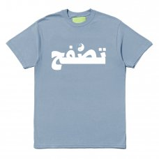 <img class='new_mark_img1' src='https://img.shop-pro.jp/img/new/icons47.gif' style='border:none;display:inline;margin:0px;padding:0px;width:auto;' />(Mister Green) ARAB SURF TEE - SEA