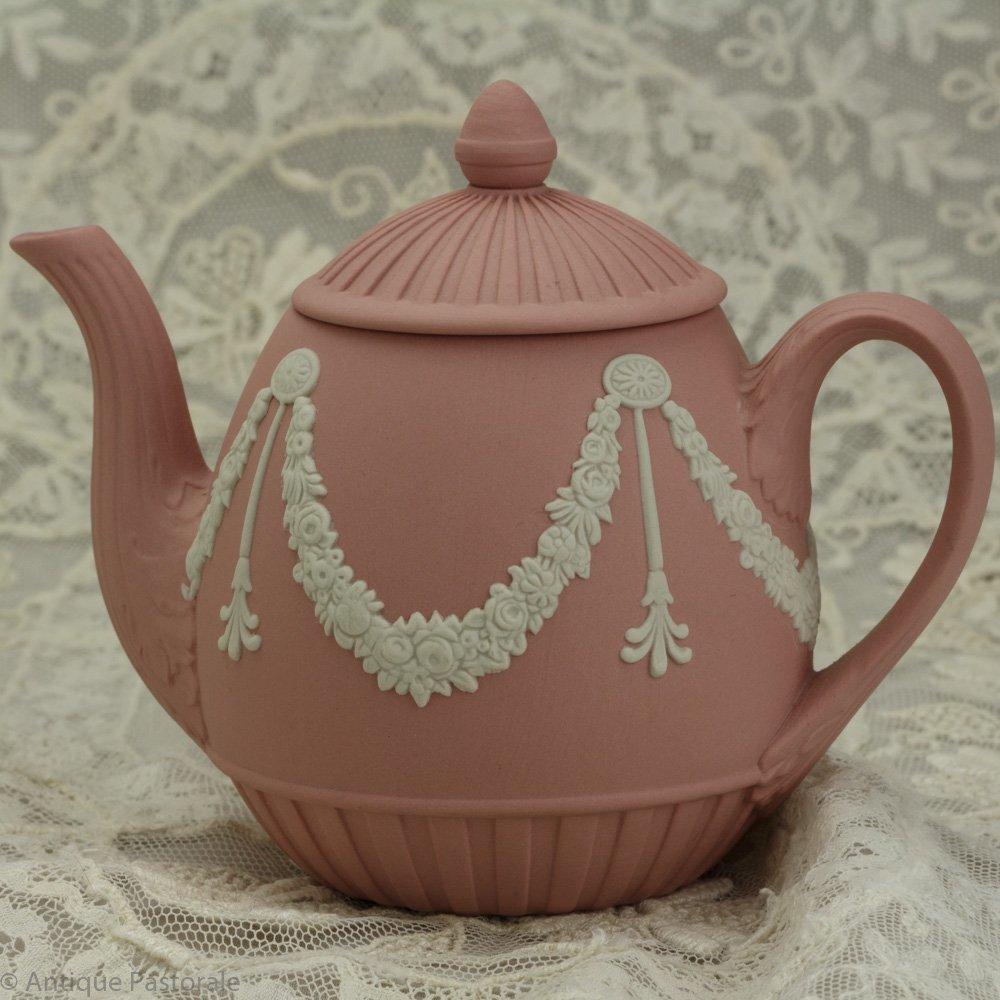 ウェッジウッド ジャスパーウェア ピンクのかわいらしいミニティーポット