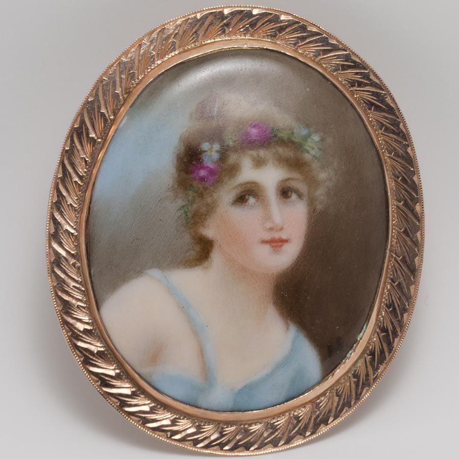 14Kミニアチュール水色のドレスの少女ペンダント/ブローチ 1900年頃