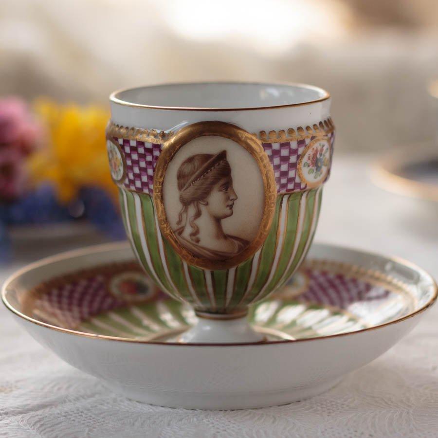 18世紀 マイセン グリーンのストライプに婦人のカメオ カップ&ソーサー