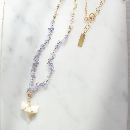 〈Shark tooth long necklace〉Tanzanite